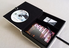 Box | 18 - Pen Drive ou Pen Card + DVD + Foto